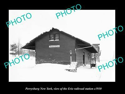 OLD LARGE HISTORIC PHOTO OF PERRYSBURG NEW YORK, ERIE RAILROAD STATION c1910 1
