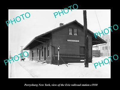 OLD LARGE HISTORIC PHOTO OF PERRYSBURG NEW YORK, ERIE RAILROAD STATION c1910 2