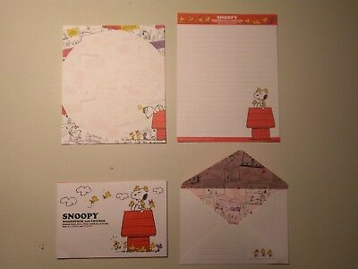 snoopy and woodstock house letter set