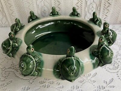 * VINTAGE MAJOLICA STYLE ART POTTERY 18 FROGS ON LILY PAD BOWL//BAMBOO PLANTER *