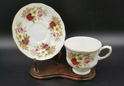 Vintage Bone China Tea Cup & Saucer By Queen Anne England Red Pink Roses Floral