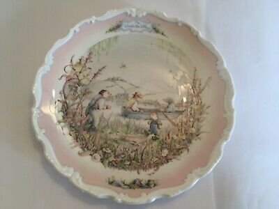 Set of 2 Royal Albert Bone China Collectable Plates - Wind in the Willows
