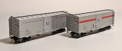 HO True Line Trains CP Express 40ft Box Cars - Set of 2 #4905 & 4907 w/ Couplers