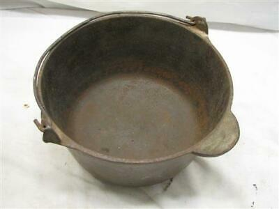 Antique Marietta Co PA 3 Qts Cast Iron Gypsy Kettle Bean Pot E