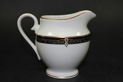 "Wedgwood Embassy Collection ""Whitfield"" Creamer 1995 Fine China Collectible Mint"