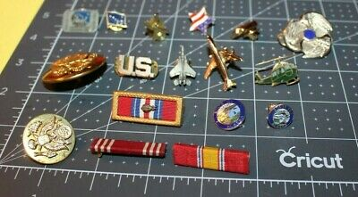 Lot of 17 Assorted Pins Military Alaska USA Aircraft & Other 2 US Army Insignia