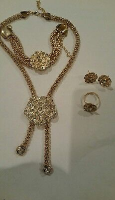 Beautiful Gold Plated Flower Crystal Jewelry Set