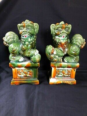 Antique vintage pair of chinese foo dogs / temple dogs.