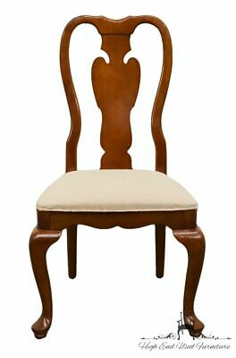 UNIVERSAL FURNITURE Cherry Splat Back Queen Anne Style Dining Side Chair