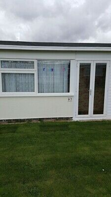 Holiday Chalet Scratby Hemsby Gt Yarmouth Norfolk