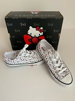 e642c0f91dae Converse x Hello Kitty Cupcake Chuck Taylor All Star Low Top Shoe Youth  Size 3
