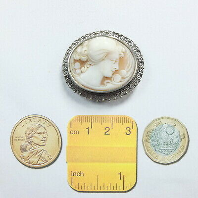 Beautiful Vintage/Antique 800 Silver Carved Shell Cameo Brooch Marked 800