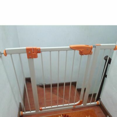 Child Safety Gate Pet Gate Fence Stair Barrier Adjust W 88-102cm, H 74cm. NEW
