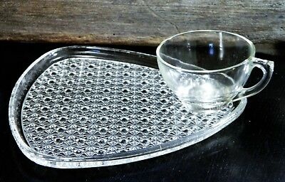 Vintage/Indiana Glass/Clear/Daisy & Button/Triangle Shaped/Snack Plate/Cup Set