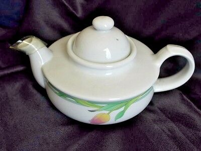 Toscany Collection Tea Pot White Painted Rosebud Art Nouveau Made in Japan 16oz