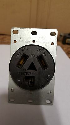 Leviton 5207 Flush receptacle NEMA 10-30R   30amp  125/250 volt(No box)