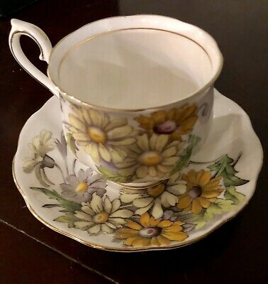 Royal Albert Flowers Of The Month Daisy No. 4 Cup & Saucer