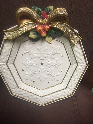 Fitz And Floyd Classic Winter Holoiday Plate With Bow