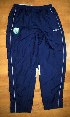 Umbro Ireland training pants (Size XL)
