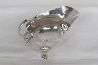 A Stunning Antique Solid Sterling Silver Cream / Sauce Boat London 1926.