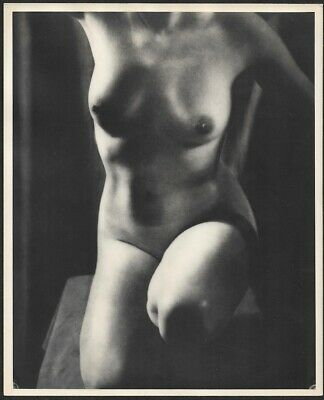 Vintage 1940s Dramatic Fine Art Kneeling Nude Gelatin Silver Pin-Up Photograph