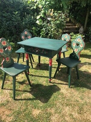 Continental painted dining table and 4 chairs, Alpine Antique / Folkart