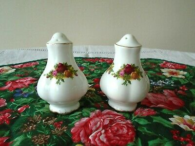 Vintage Royal Albert Old Country Roses Salt & Pepper Pots