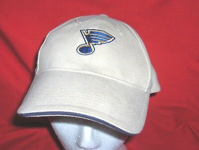 5f292b5ad52  247L - St. Louis Blues Nhl Hockey Ball Cap