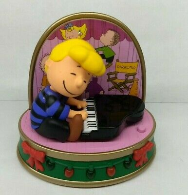 2018 Hallmark Schroeder Christmas Ornament Peanuts/Charlie Brown Storyteller New