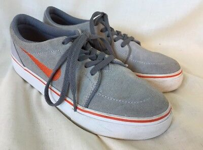 the best attitude d8f52 fba25 NIKE SB LADIES GREY SUEDE TRAINER SHOES size 4 UK 36.5 EUR