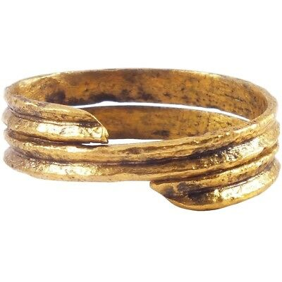 ANCIENT VIKING COIL RING C.900-1000 AD Size 8 3/4.