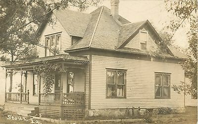 Stout, Iowa-Residence-House Doane cancel IA c1909 RPPC Real Photo Postcard