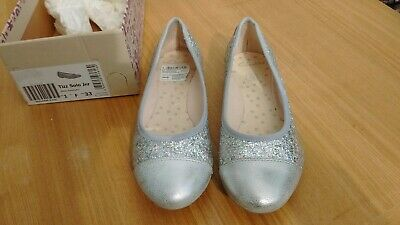 b0306982d8e Clarks Girls Silver Glitter Party Shoes - Size 1