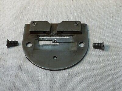 1935 Singer Featherweight 221 Needle Throat Plate • Vintage Sewing Machine
