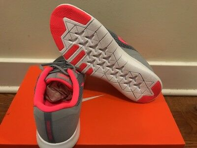 ec1799aed319e NIKE FLEX TRAINER 7 Women s Wolf Grey Racer Pink Running Shoes Sz 7 ...