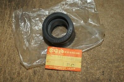 Suzuki GS750 77-79 carb to head inlet rubbers set 4 genuine suzuki parts.