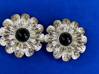Large gold and black tone flower sunflower two pice vintage etched belt buckle