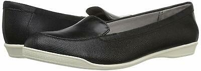 ba8b1f9aea4 LifeStride Womens Ginja Closed Toe Loafers