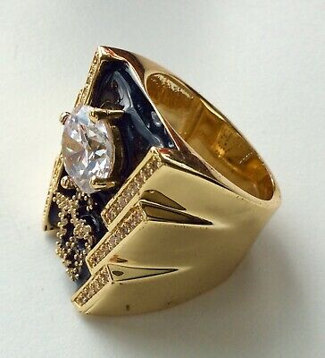 Luxury Elvis crystal TCB ring in 18 gold plate a great ring size 8 USA Q UK