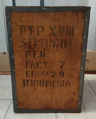 1 Vintage wooden Tea Chest originating from Indonesia
