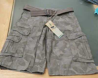 Boys New Cargo   Camouflage  Shorts With Belt  6 Years  Marks And Spencer