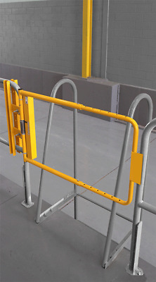 Cotterman Adjustable 16 to 26 inch Safety Gate