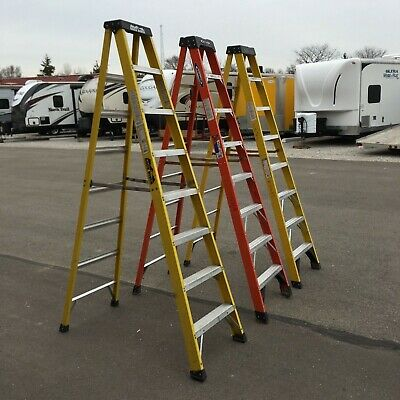 Werner 6 ft Fiberglass Step Ladder with 300 lbs Load Capacity Type IA Duty Rtg.
