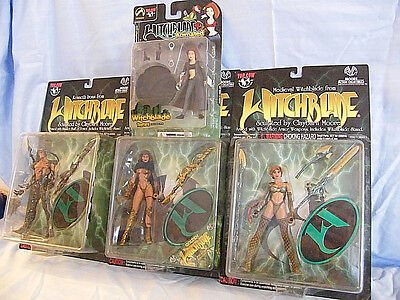 New  lot of 4  Witchblade figures   Medieval   Animated   Kenneth + Sara 1998-03