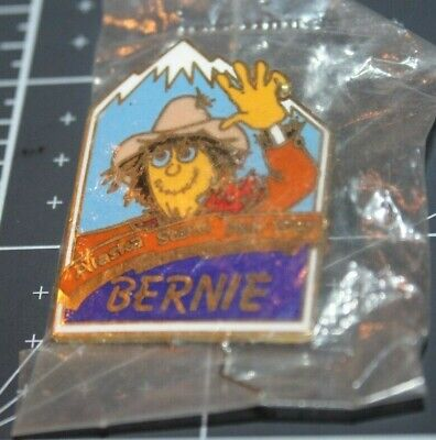 Alaska State Fair 1987 Collector Pin Large Size BERNIE THE SCARECROW New