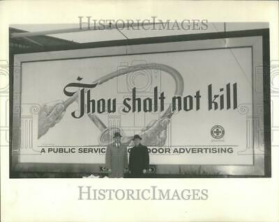 1961 Press Photo Public Service Auto Safety Billboard - RRV96059