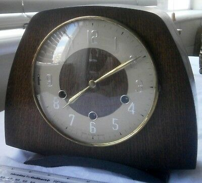 Antique / Vintage Smiths Oak Westminster Chiming Mantle Clock