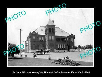 OLD 8x6 HISTORIC PHOTO OF St LOUIS MISSOURI THE MOUNTED POLICE STATION c1900