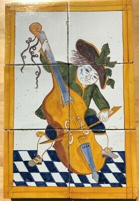 TILE PANEL CONTRABAJO MUSICIAN, late 18th C.