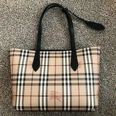 06a94d312ecc BURBERRY SMALL REVERSIBLE Lavenby Haymarket Check Pink Leather Tote ...